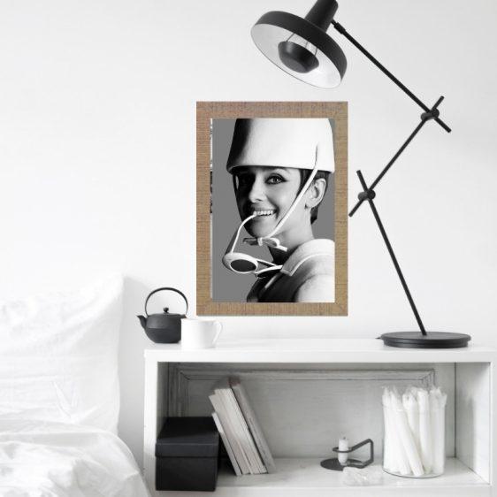 Poster Audrey Hepburn met bril -Filmster poster - Zwart wit poster Filmster